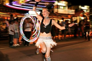 "Carnivale ""Wonders of the Reef"" Street Parade"