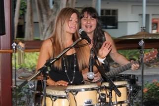 Lisa & Kimberley @ Trinity Beach Sports Club