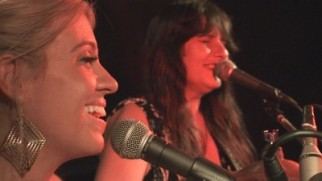 Lisa & Kimberley @ Trinity Beach Tavern