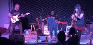 Carinda Christie band
