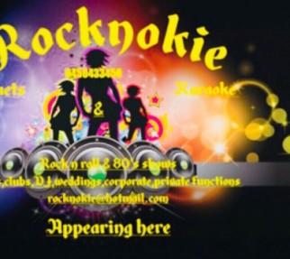 Karaoke at Hollaways beach sports club