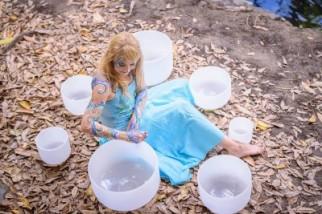 Crystal Singing Bowl and Lyre Chakra Meditation